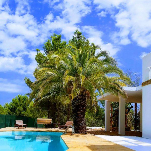 Travel Can Destino Labarta Ibiza Villa Pool 11