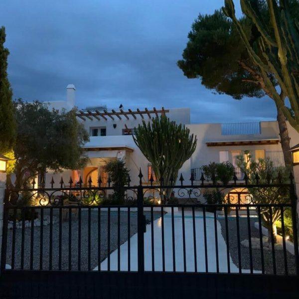 Travel Can Destino Labarta Ibiza Villa Pool 42