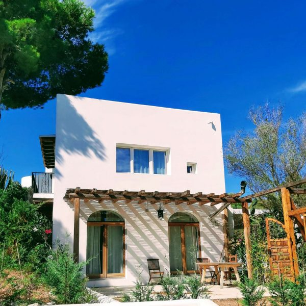 Travel Can Destino Labarta Ibiza Villa Pool 5