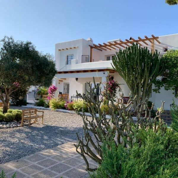 Travel Can Destino Labarta Ibiza Villa Pool 54
